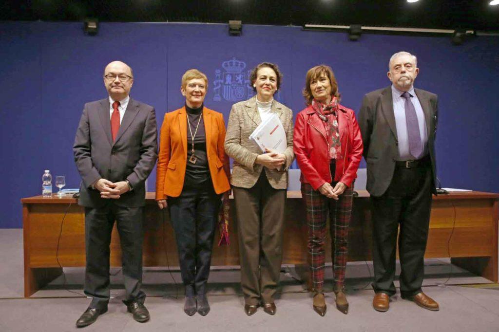 Raúl Riesco, Consuelo Rumí, Magdalena Valerio, Yolanda Valdeolivas y Octavio Granados.
