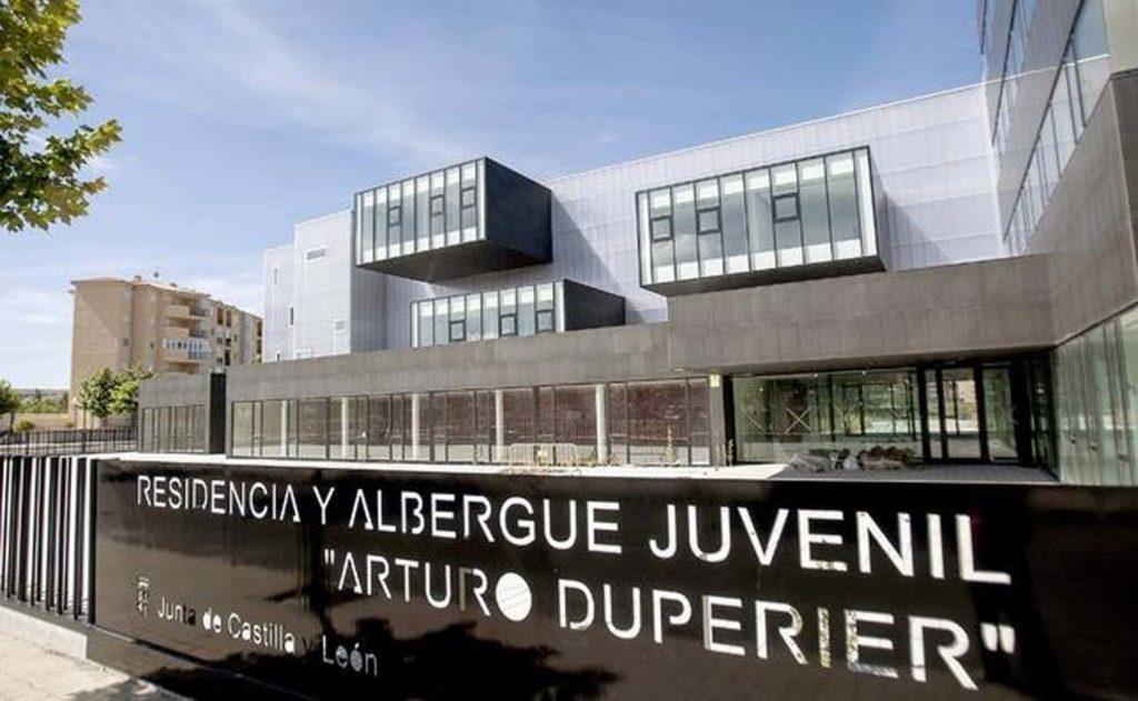 Residencia y albergue juvenil Arturo Duperier que forma parte de la red de la Junta de Castilla y León.
