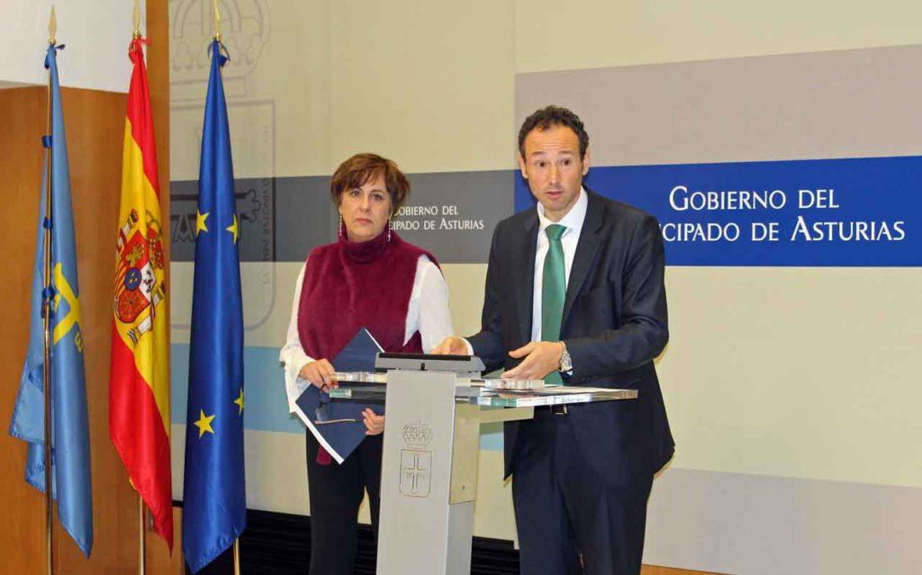 Guillermo Martínez y Begoña Serrano presentaron las iniciativas.