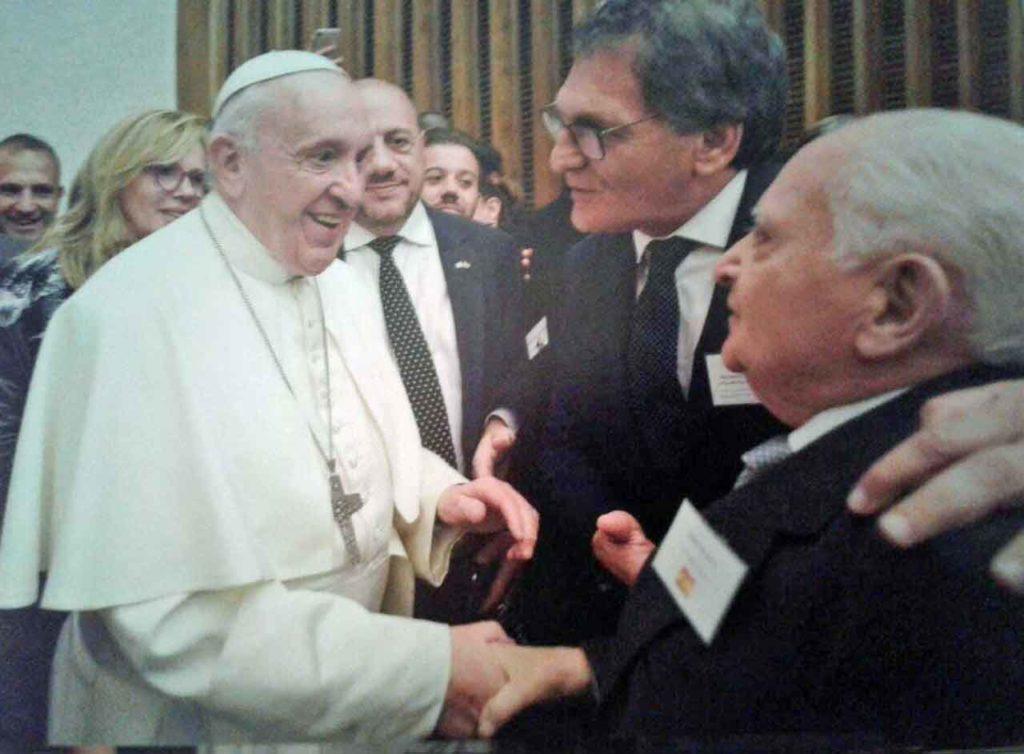 Benito Blanco saludó con emoción al Papa Francisco.