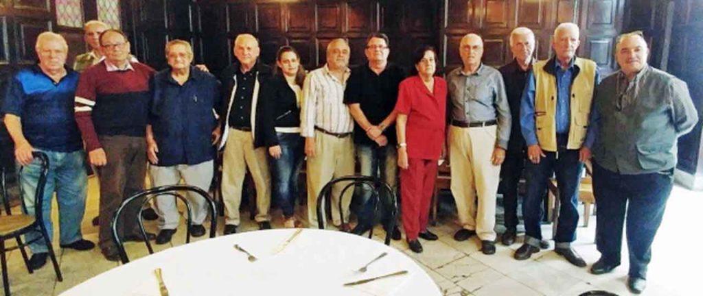 Directiva de la FSEC con Julio Santamarina, cuarto por la derecha.