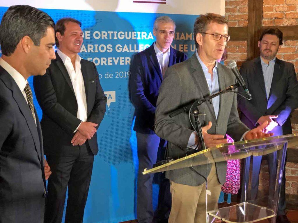Feijóo en el encuentro con la colectividad gallega.