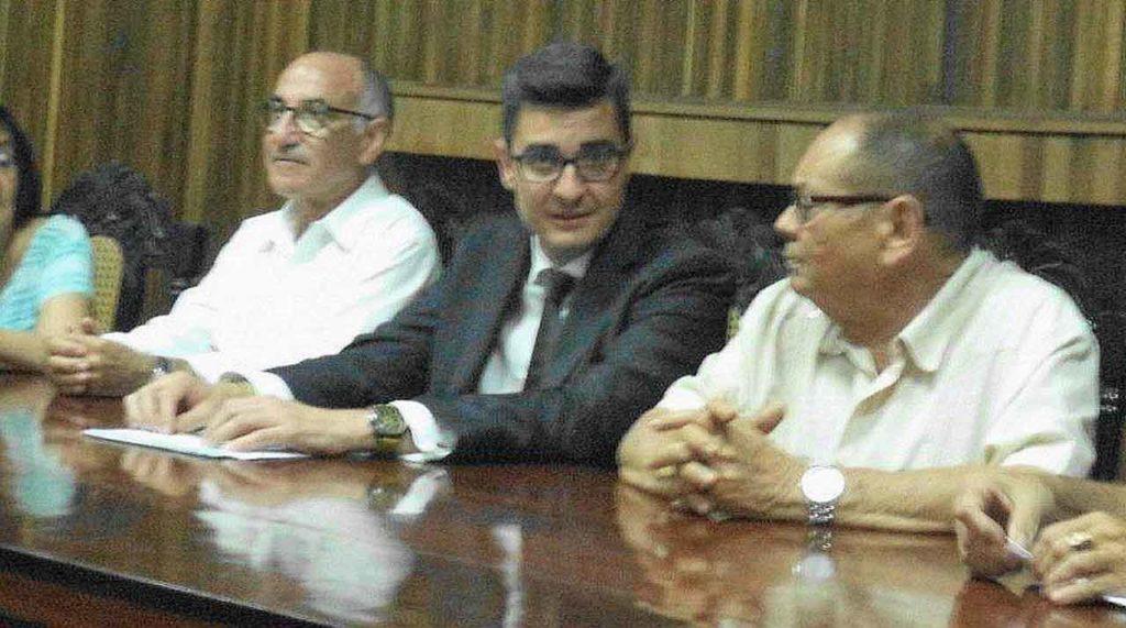 En el centro Antonio Solesio Jofre de Villegas.