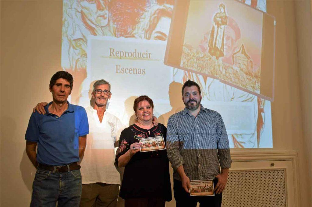 Noguerol, segundo izquierda, junto al equipo del MEGA y el titular de la Federación, derecha.