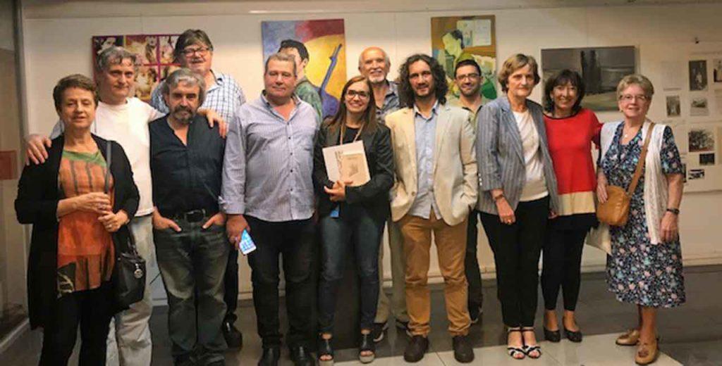 Directivos del PSOE Buenos Aires junto a los invitados especiales.