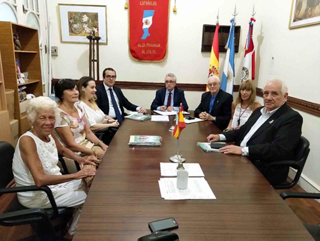 Reunión en la Federación de Asociaciones Españolas de la Provincia de Santa Fe.