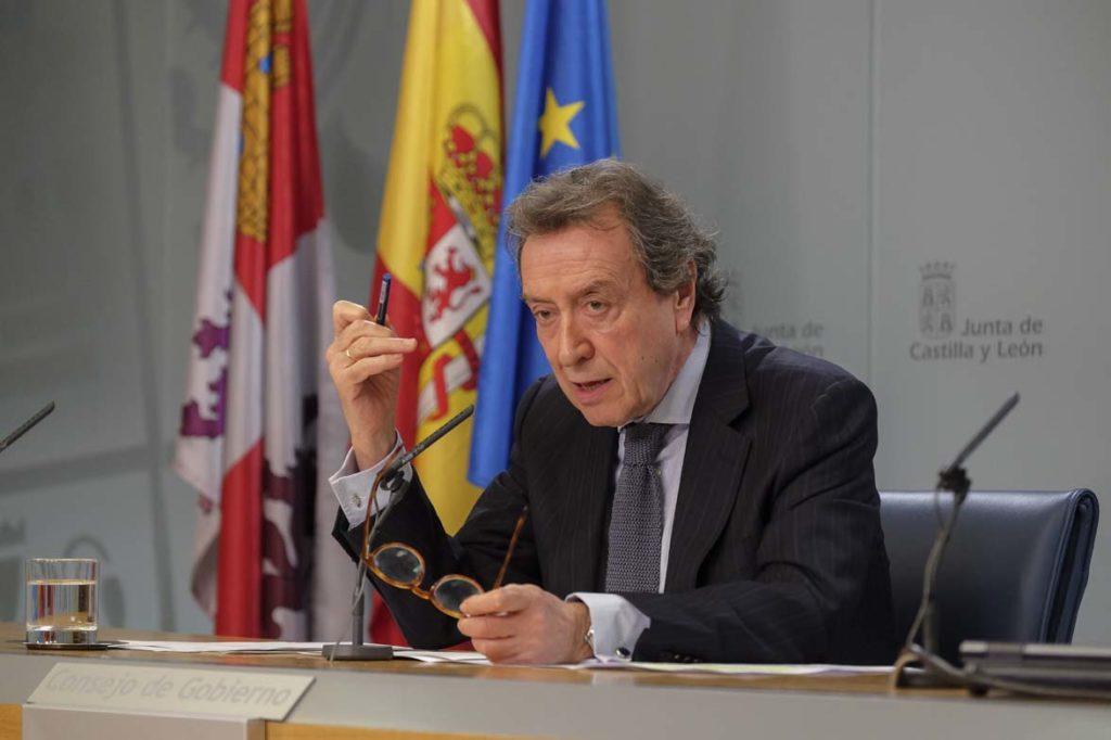 El vicepresidente y consejero de la Presidencia, José Antonio de Santiago-Juárez, anunció tras el Consejo de Gobierno la aprobación de una inversión de 1,1 millones de euros para la celebración de la exposición en Lerma y la dinamización de toda la zona.