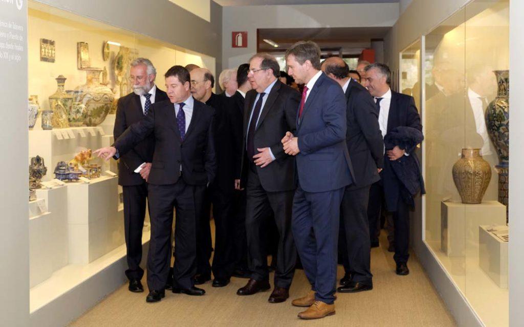 Herrera y García-Page, en la inauguración de la exposición.