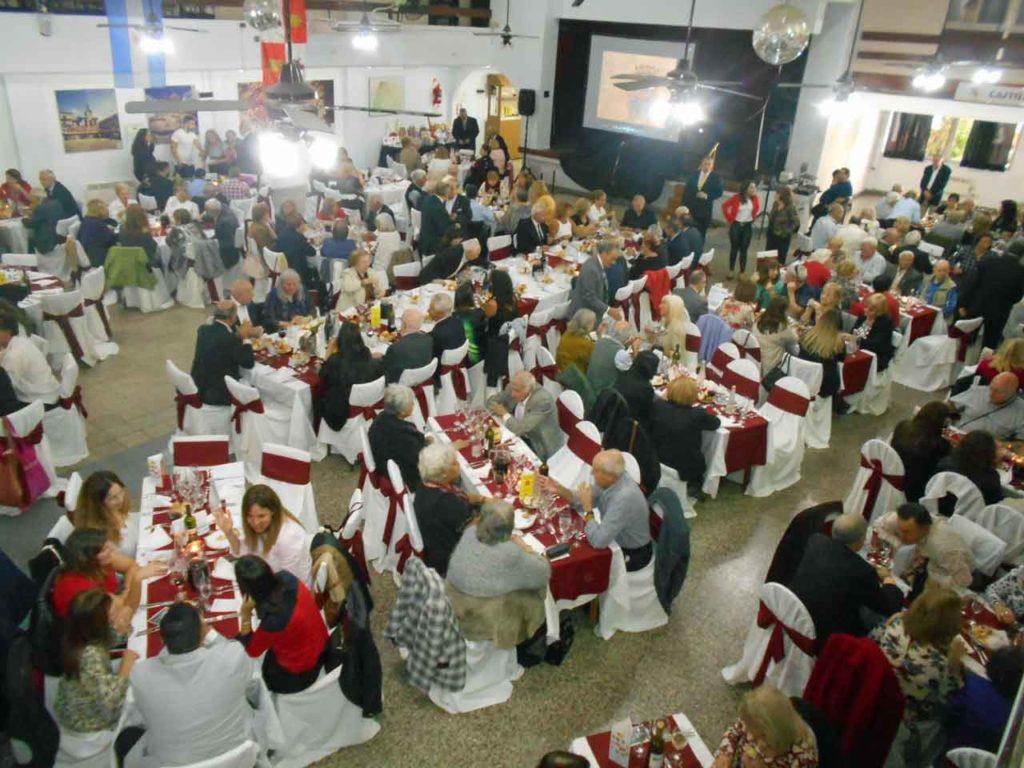 El salón de actos del Centro Zamorano presentó un lleno total.