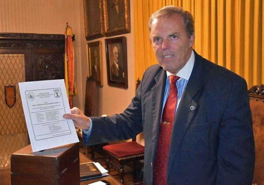 Jorge Torres fue reelegido presidente de la Federación de Instituciones Españolas del Uruguay.