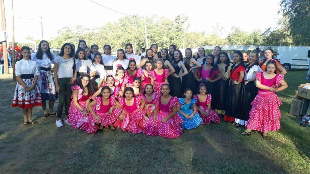 Ballet de la Asociación Hispano Argentina de Santa Rosa.