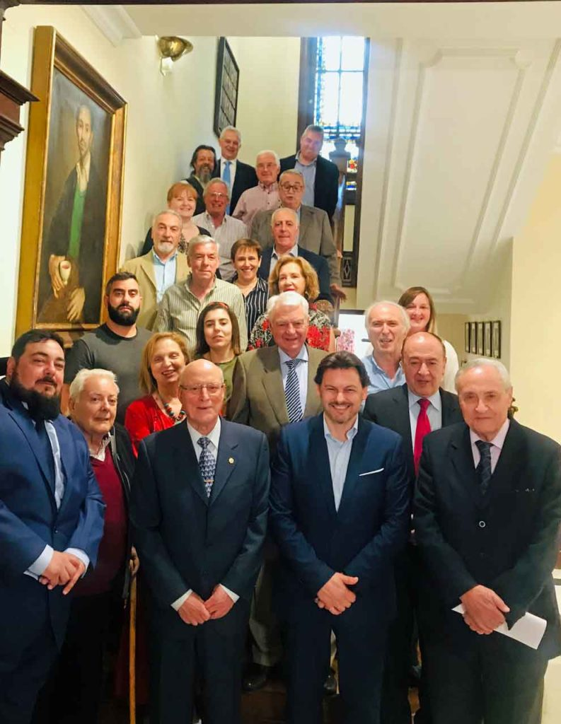 Rodríguez Miranda con los directivos de las entidades gallegas.