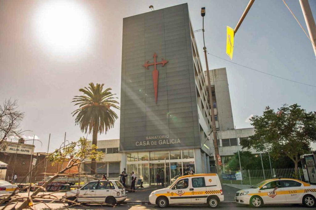 Fachada del sanatorio de Casa de Galicia de Montevideo.