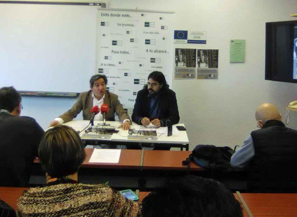 Juan Andrés Blanco, izquierda, durante la presentación del congreso.