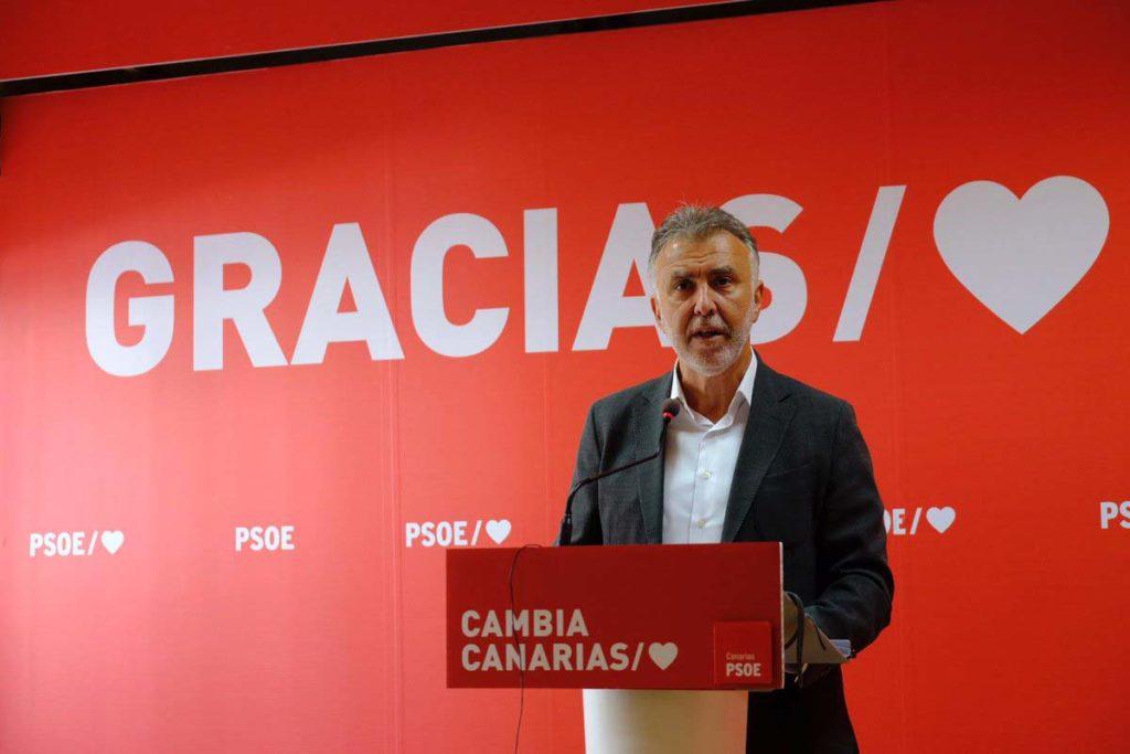 Ángel Víctor Torres, en su intervención para valorar los resultados.