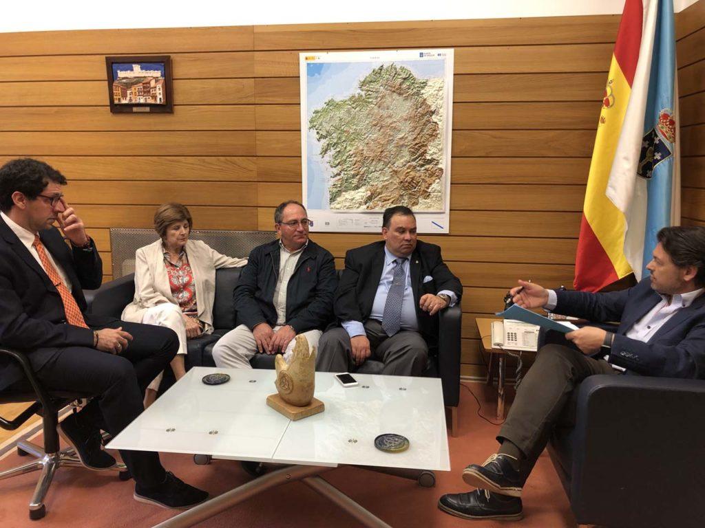 Imagen de la reunión celebrada en la sede de la Secretaría Xeral da Emigración en la capital de Galicia.