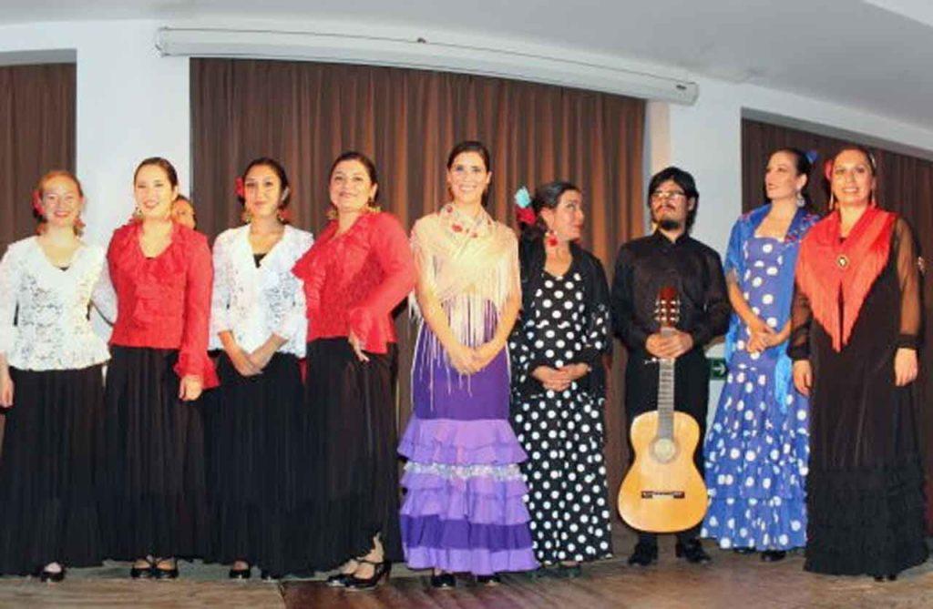 Algunas de las bailarinas que actuaron en el festival.