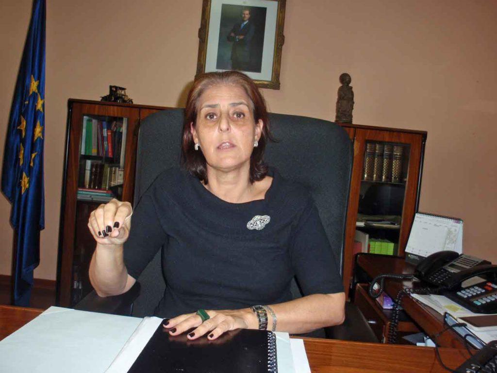 La cónsul Celsa Nuño.