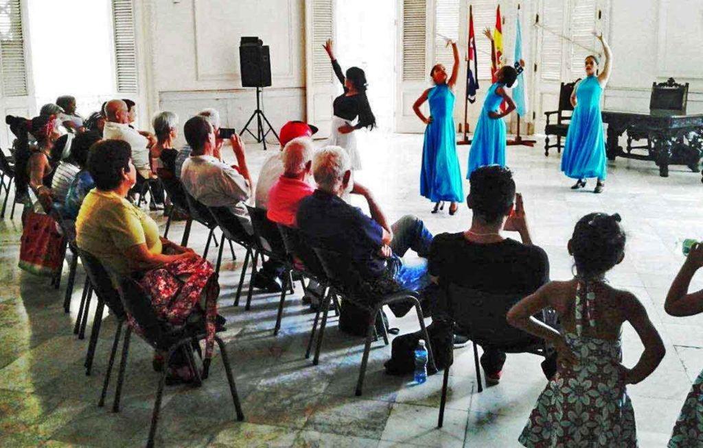 La celebración tuvo lugar en el salón de actos del histórico Palacio del Centro Gallego de La Habana.