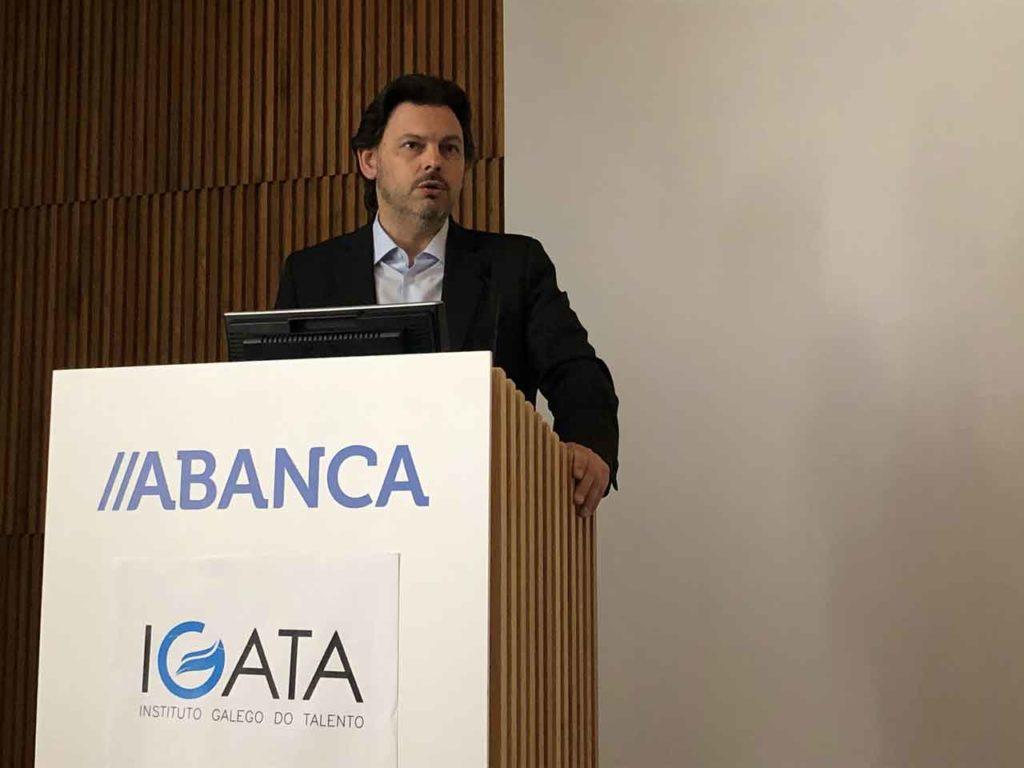 El secretario xeral da Emigración, Antonio Rodríguez Miranda durante su intervención en la jornada inaugural de 'Talento na Era 4.0'.