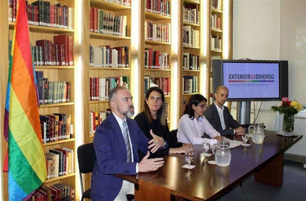 Exteriores Nombra A Laura García Alfaya Y A Ignacio