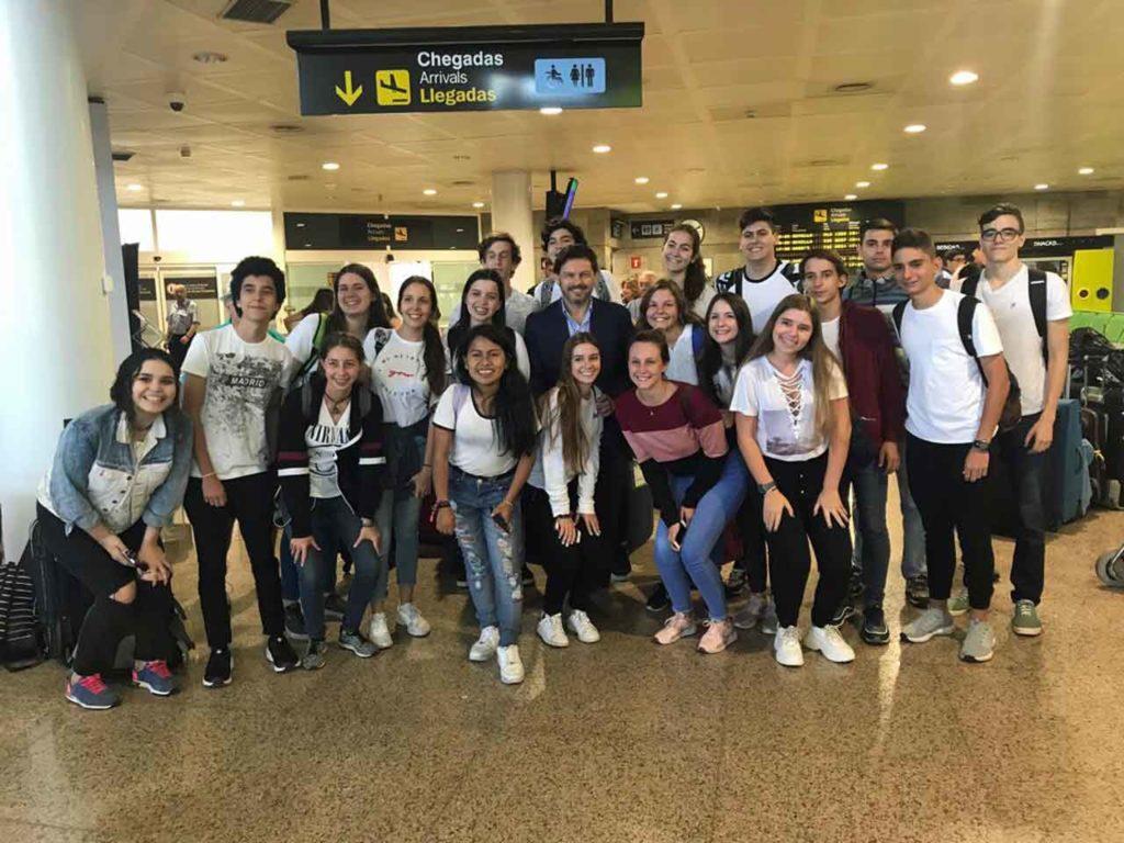 Rodríguez Miranda con los jóvenes.