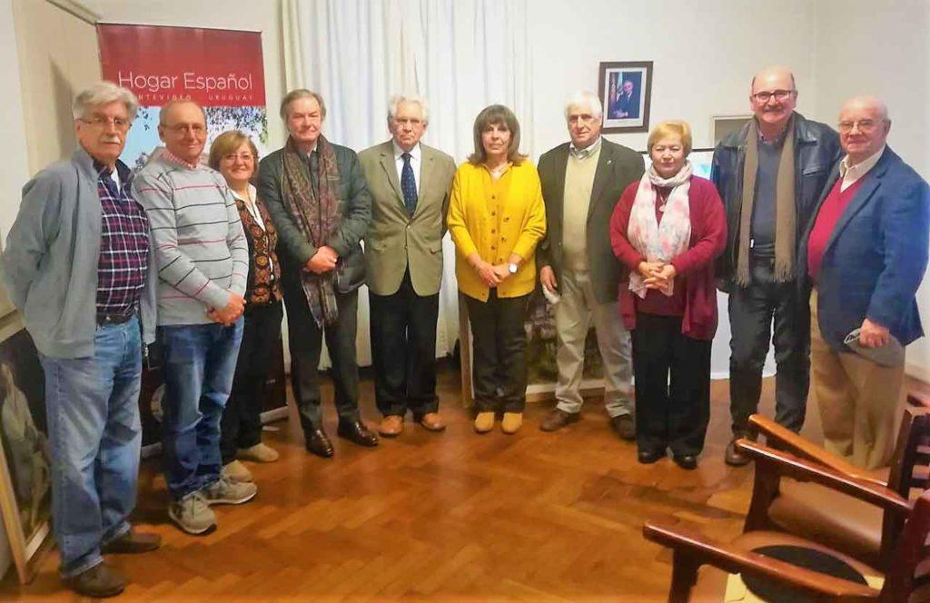 Directivos y comision de apoyo del Hogar Español.