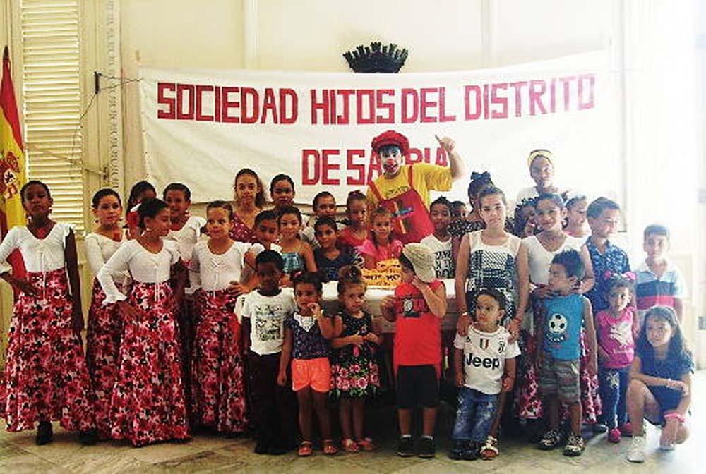 Los niños disfrutaron con la presentación del payaso  Turulé.