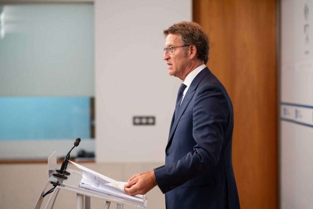 El presidente de la Xunta, Alberto Núñez Feijóo, durante la rueda de prensa del Consello.