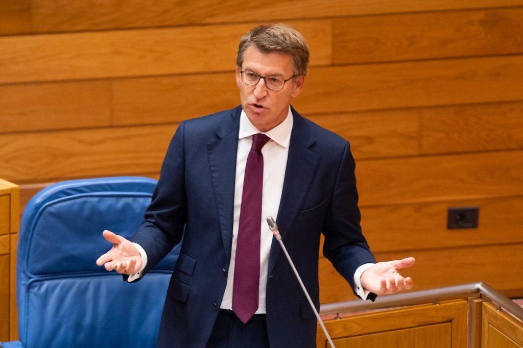 El presidente da Xunta, Alberto Núñez Feijóo, durante su intervención en el Pleno de la Cámara.