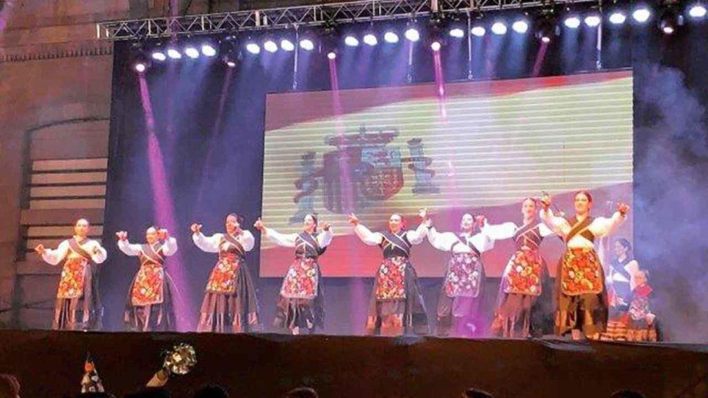 La actuación del conjunto de danzas Espiga y Olivo.
