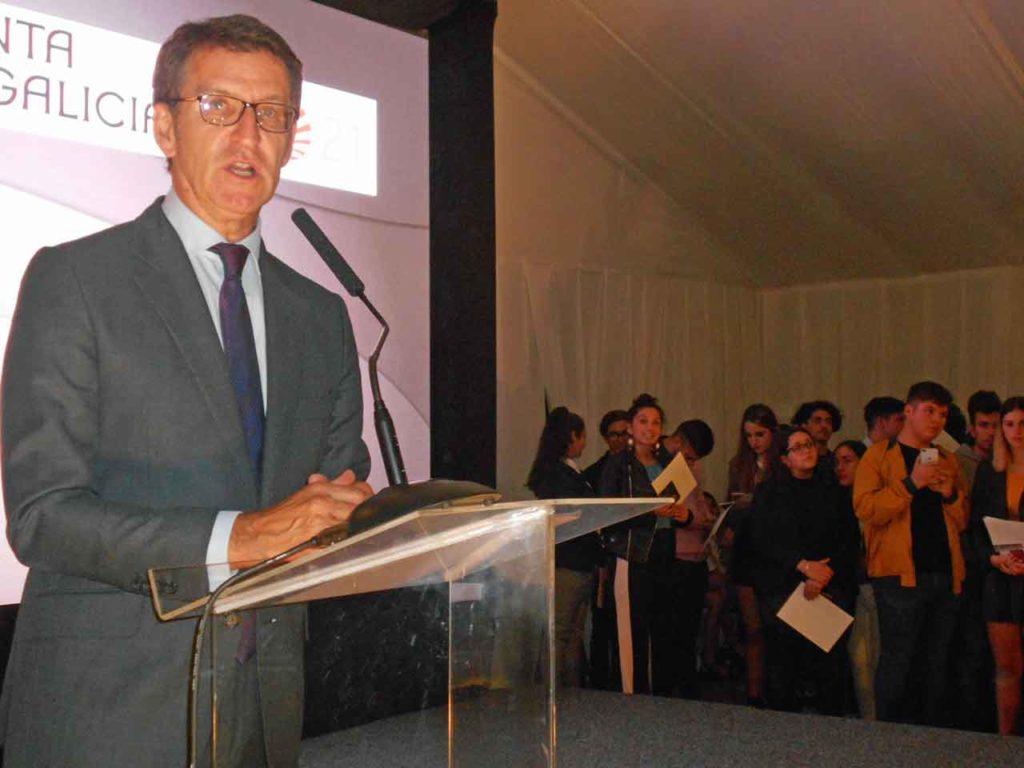 El presidente de la Xunta resaltó la importancia que tienen las nuevas generaciones de gallegos del exterior para Galicia.