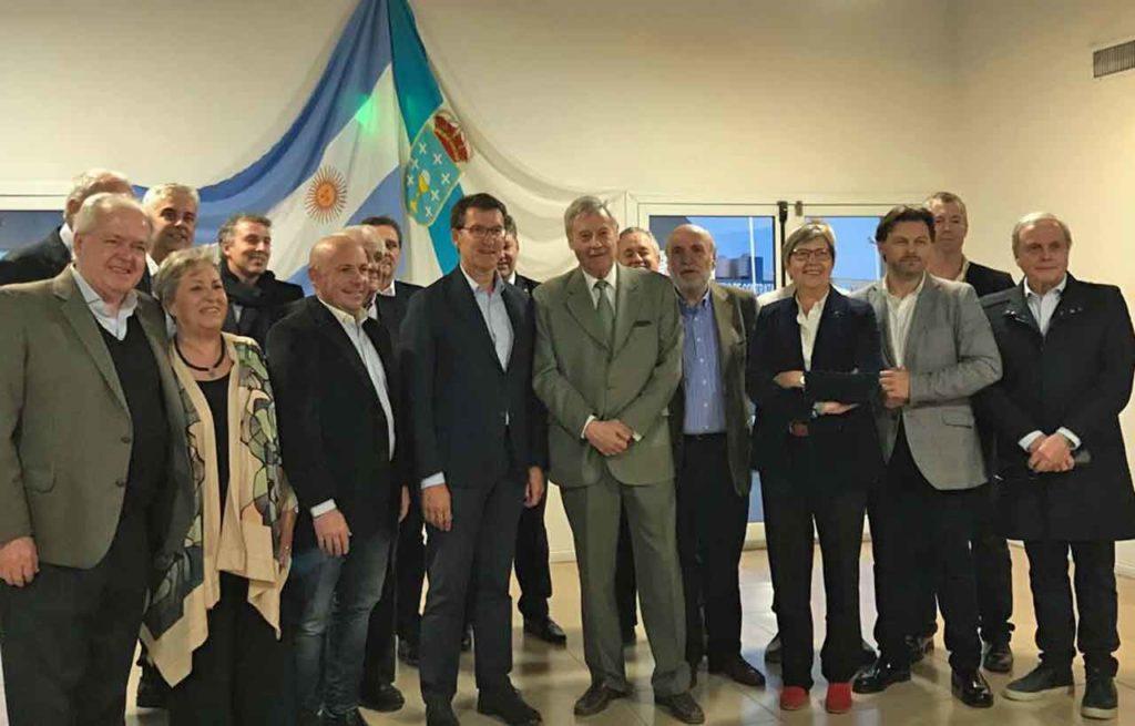 Foto con empresarios gallegos del sector pesquero en Puerto Madryn.