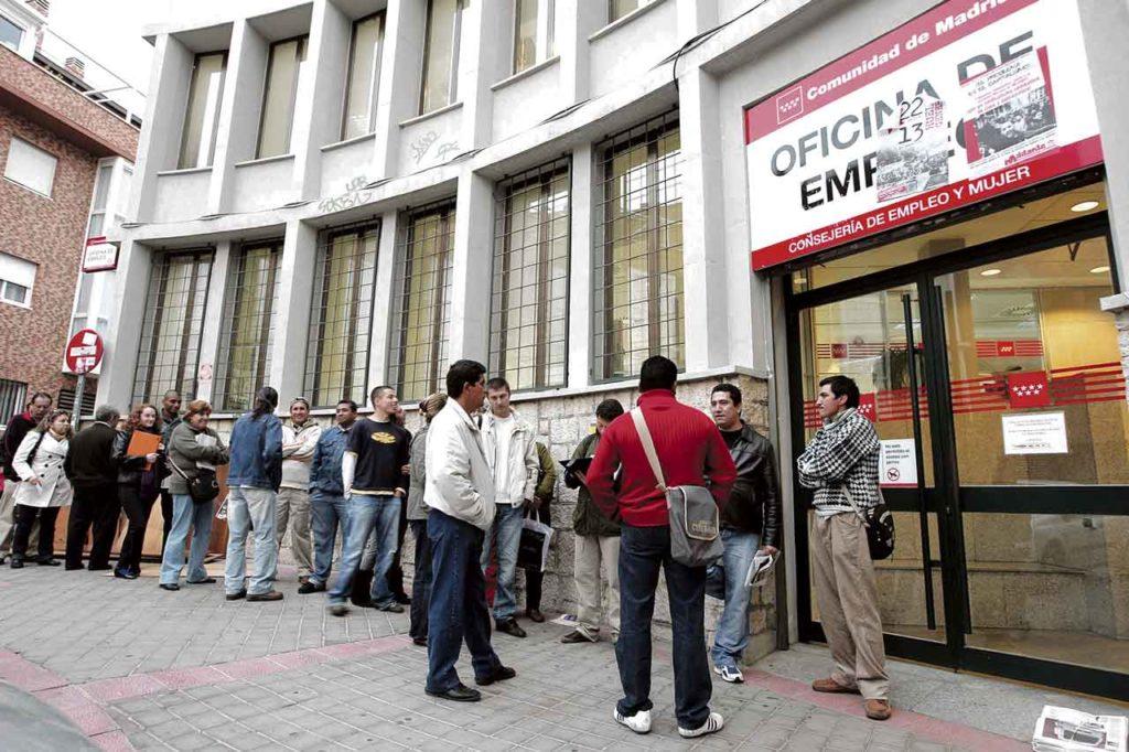 El acceso al empleo de los retornados es una de las principales preocupaciones tanto de los emigrantes que quieren volver como de la Administración.El acceso al empleo de los retornados es una de las principales preocupaciones tanto de los emigrantes que quieren volver como de la Administración.
