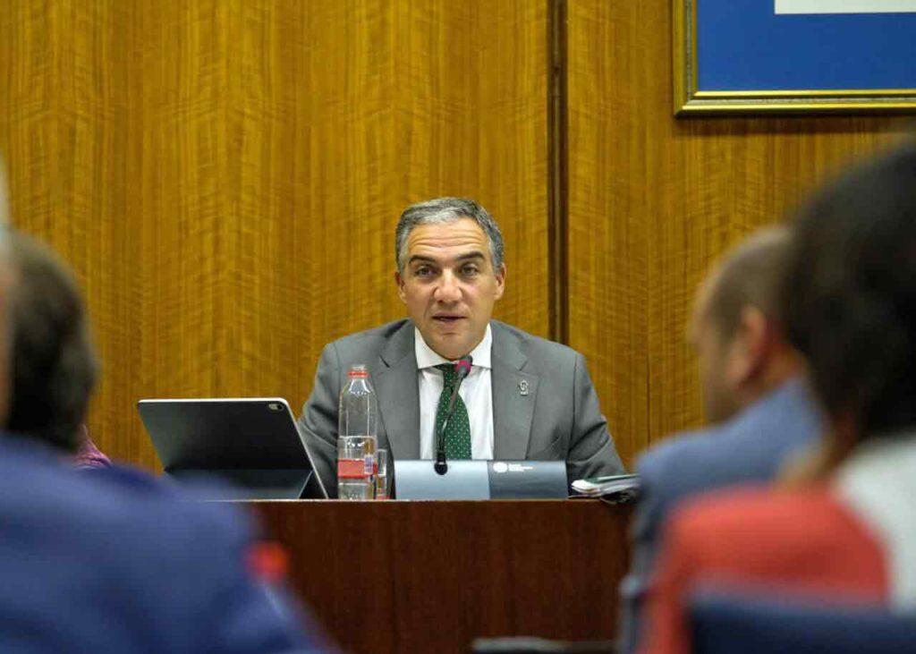 El consejero de la Presidencia de la Junta de Andalucía, Elías Bendodo, explicó en el Parlamento autonómico los presupuestos de su departamento para 2020.