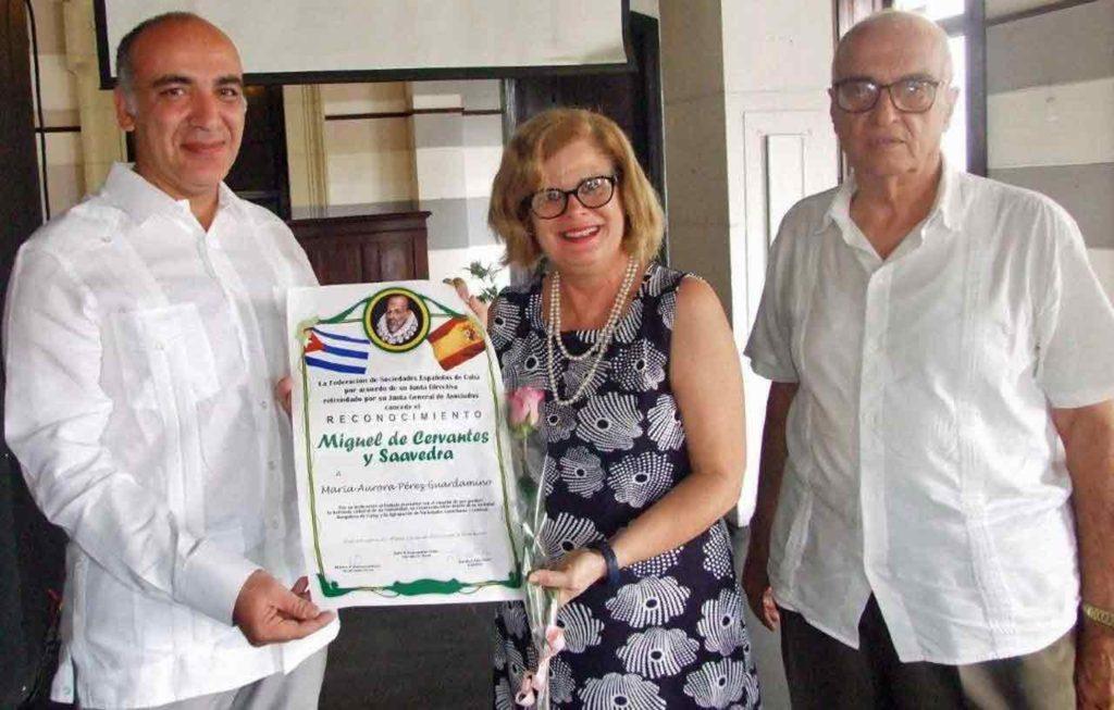 Mª Aurora Pérez estuvo representada por la directiva de la S.B Burgalesa, Ana Mª Torres.