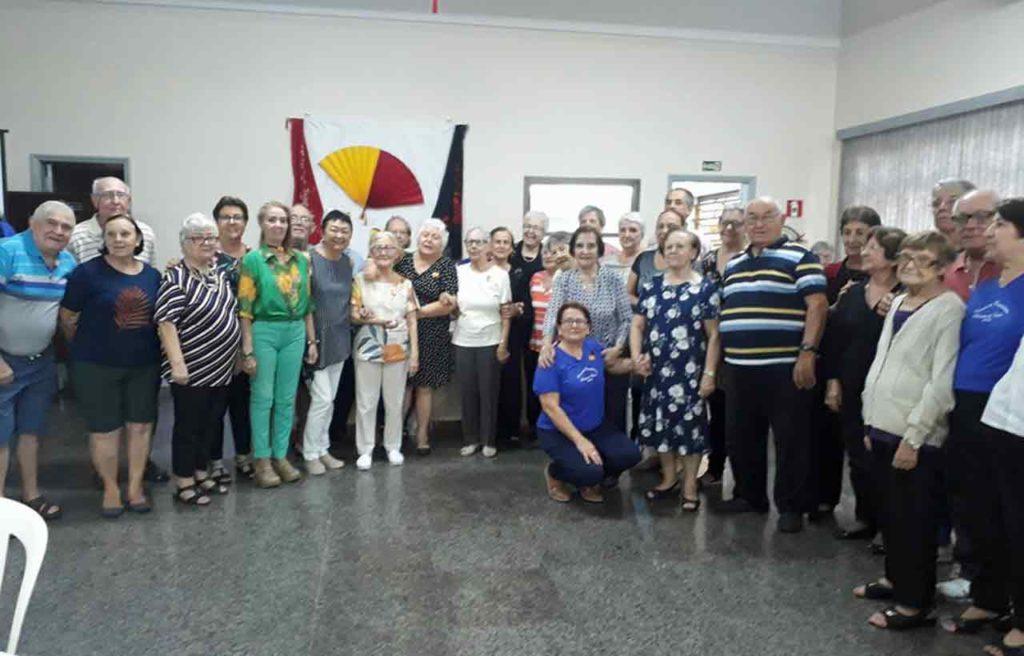 Participantes en la celebración de la Fiesta Nacional de España.