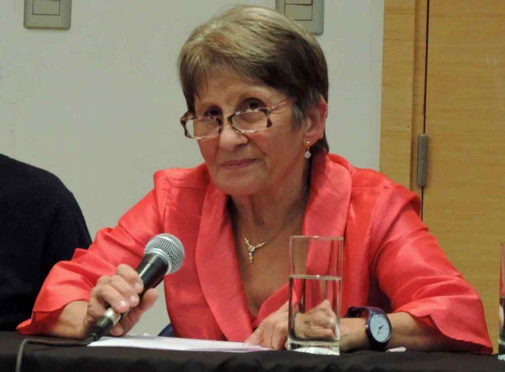 Iglesias destacó el valor catártico de la escritura.