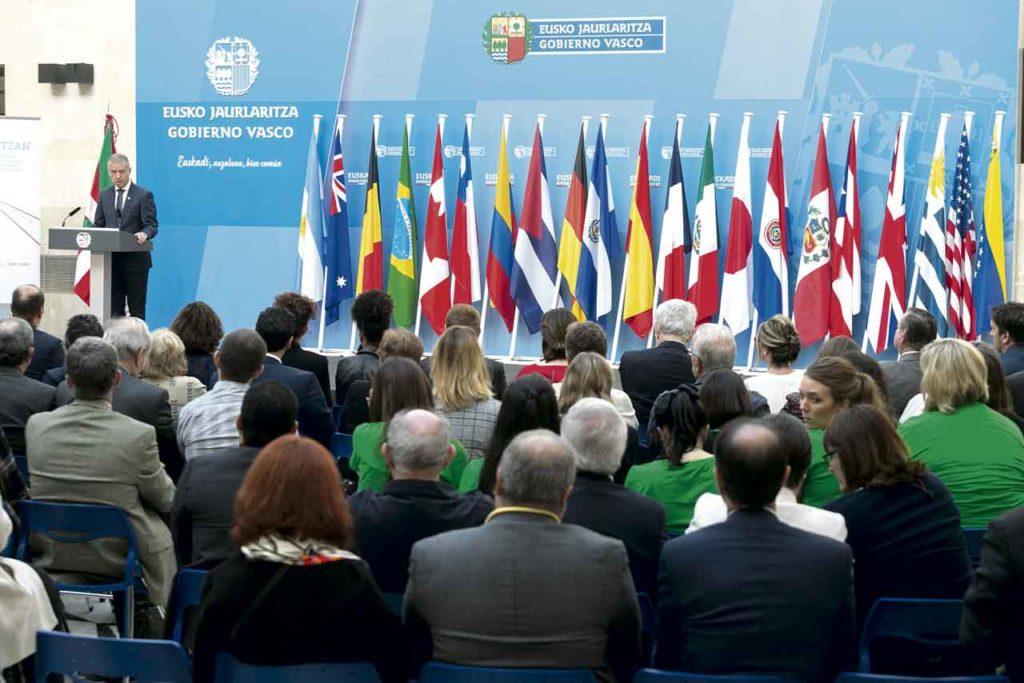 El lehendakari Iñigo Urkullu el 4 de octubre en Bilbao, durante la clausura del VII Congreso Mundial de Colectividades Vascas.