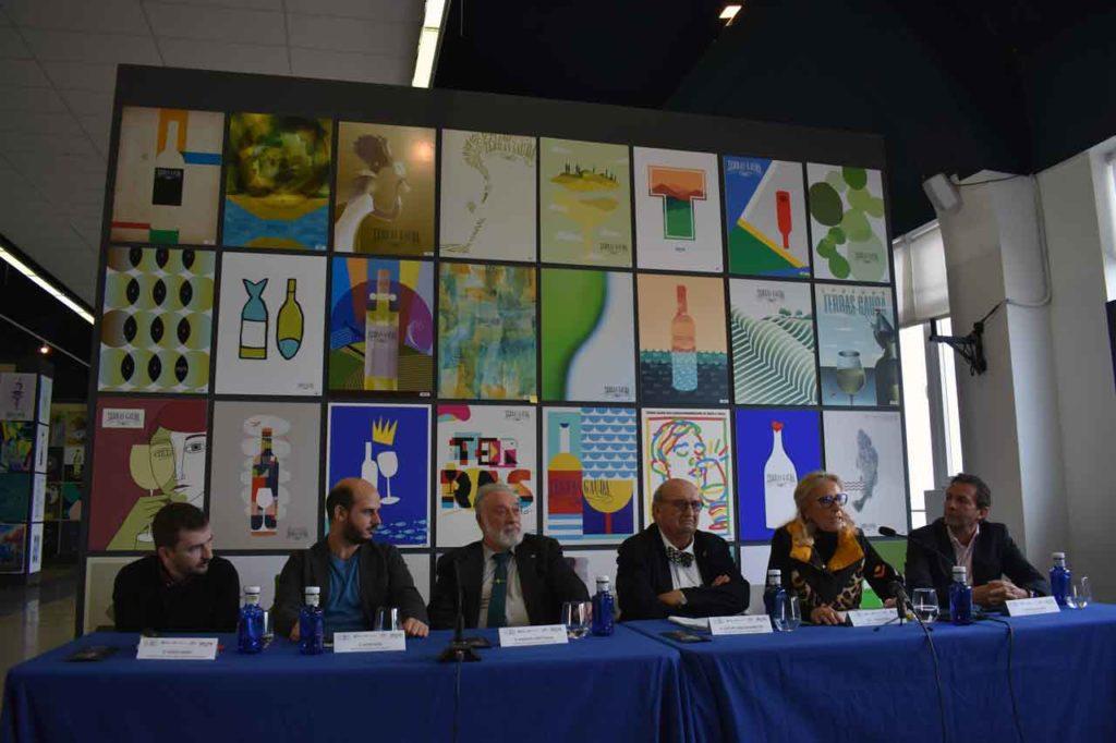 Diego Areso, Javier Jaén, Enrique López Veiga, José María Fonseca, Corina Porro y Santiago Bacariza, durante la rueda de prensa.