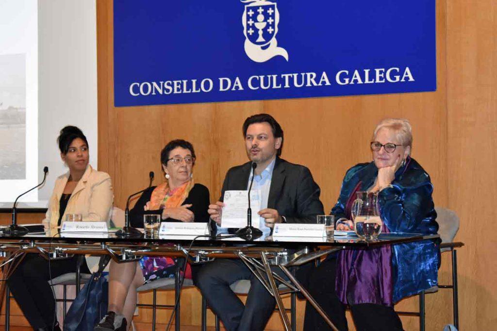 Yahima Martínez Millán, Rosario Álvarez, Antonio Rodríguez Miranda y María Xosé Porteiro.