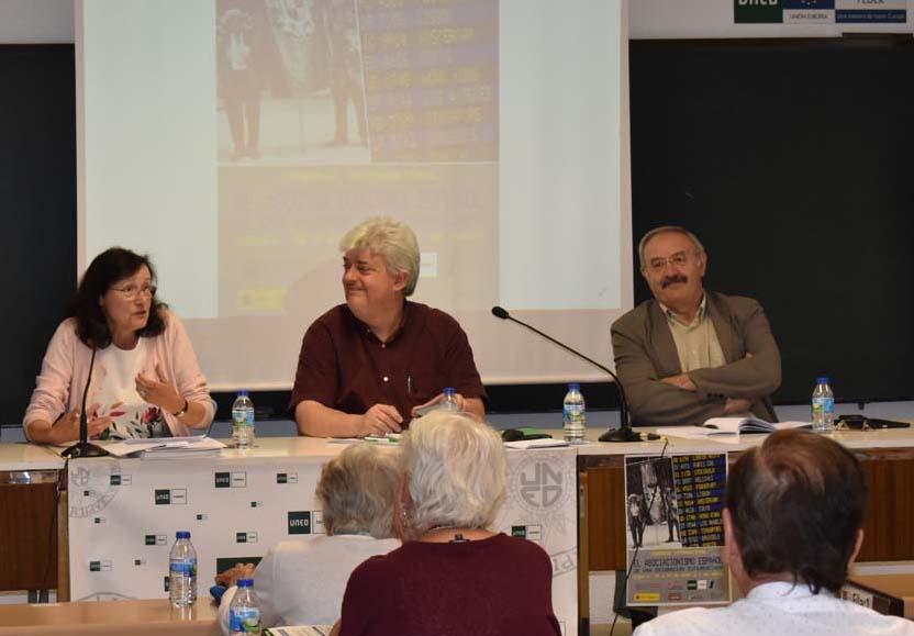 Xosé Manuel Núñez Seixas (centro), en un Congreso sobre Emigración celebrado en Zamora a mediados de este año.