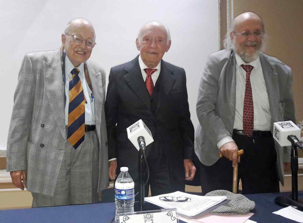 Tarsicio Herrera, Juan Palomar y Aurelio González.