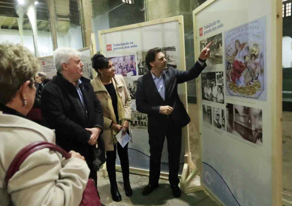 Rodríguez Miranda recorrió la exposición.