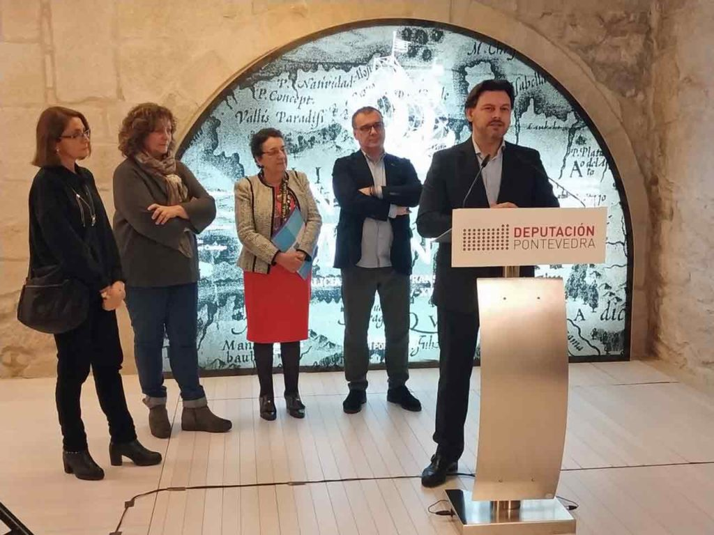 Intervención de Rodríguez Miranda en la inauguración de la muestra.