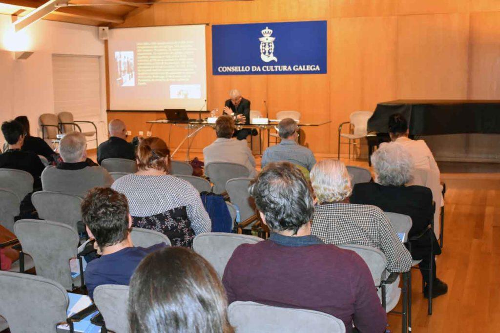 El cubano Sergio Guerra habló de la 'Historia urbana de La Habana en los tiempos de la inmigración gallega'.