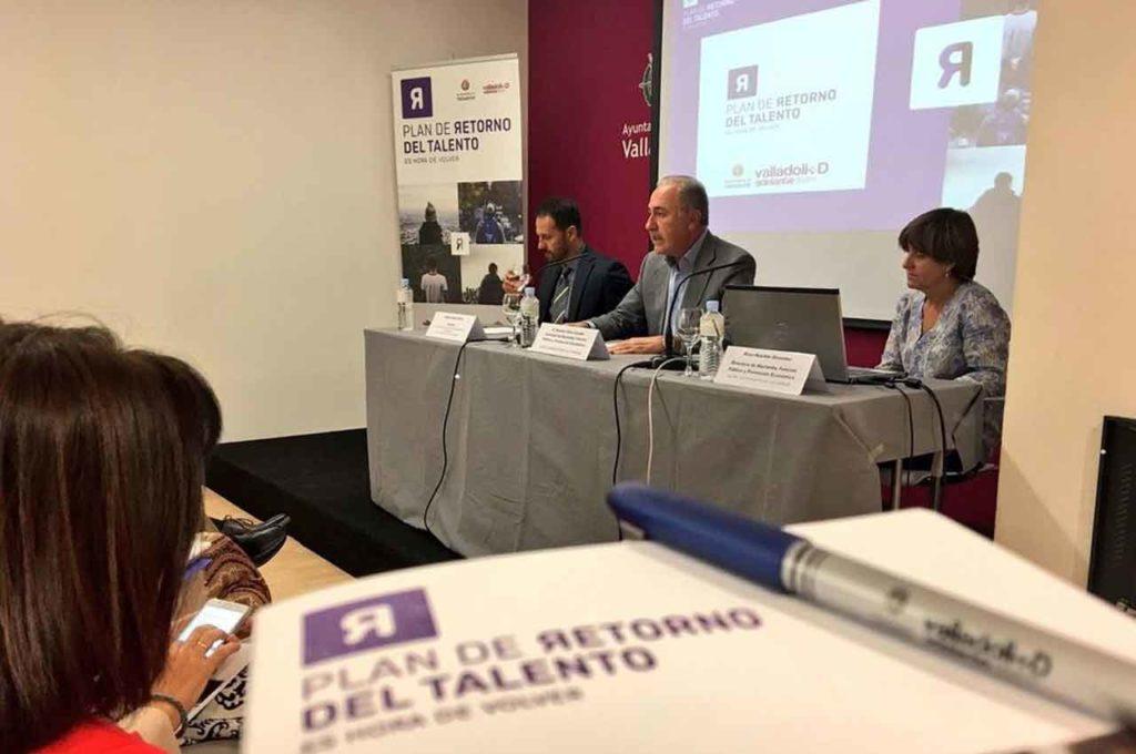 El entonces concejal de Hacienda, Antonio Gato, inaugura en Valladolid en septiembre de 2017 una jornada de presentación del Plan de Retorno del Talento.