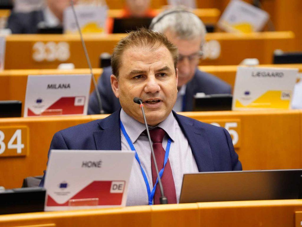 Carlos Aguilar, director general de Acción Exterior, en el Pleno del Comité Europeo de las Regiones.