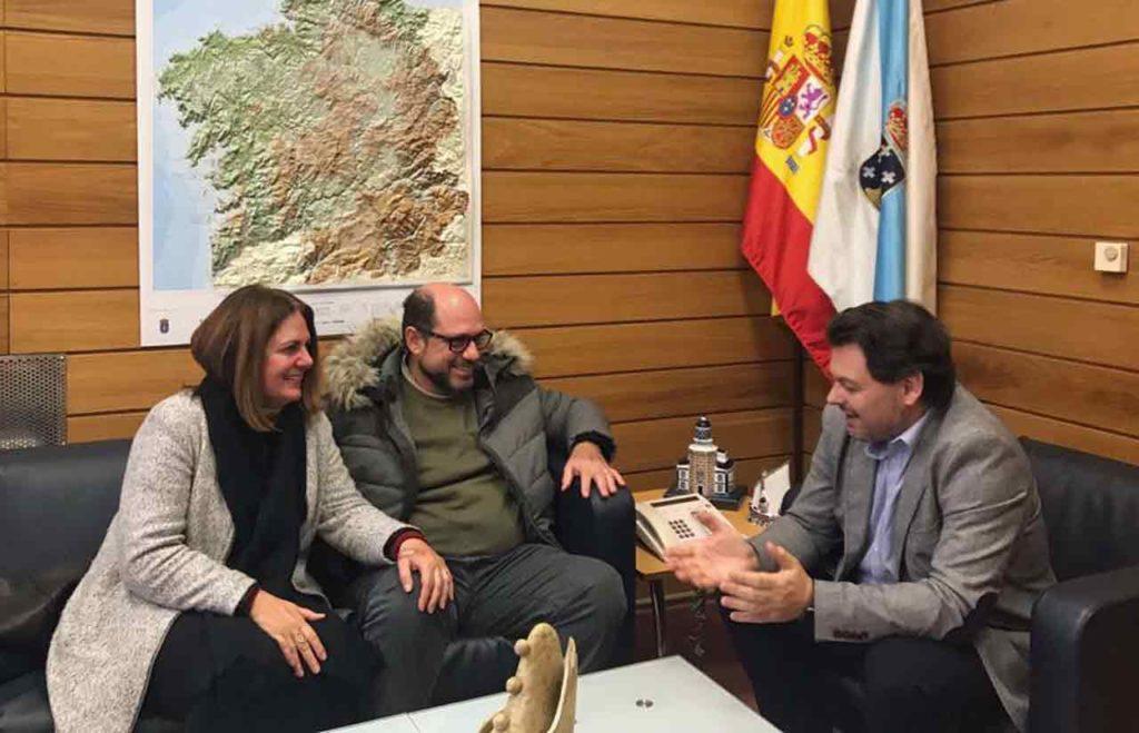Rodríguez Miranda con Ricardo Álvarez, y Ana María Torres.