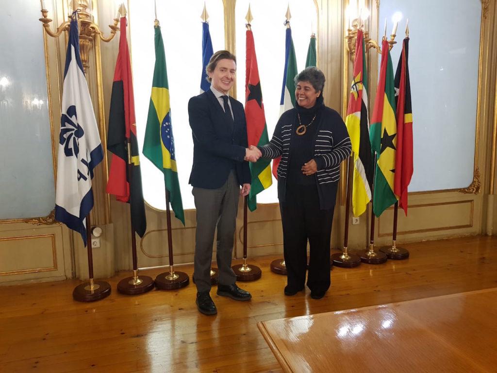 El director xeral de Relacións Exteriores e coa UE, Jesús Gamallo, se reunió en Lisboa con la directora general de la Comunidad de Países de Lengua Portuguesa (CPLP), Georgina Mello.